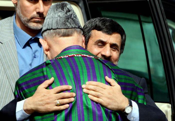 Friendship of Politicians (25 pics)