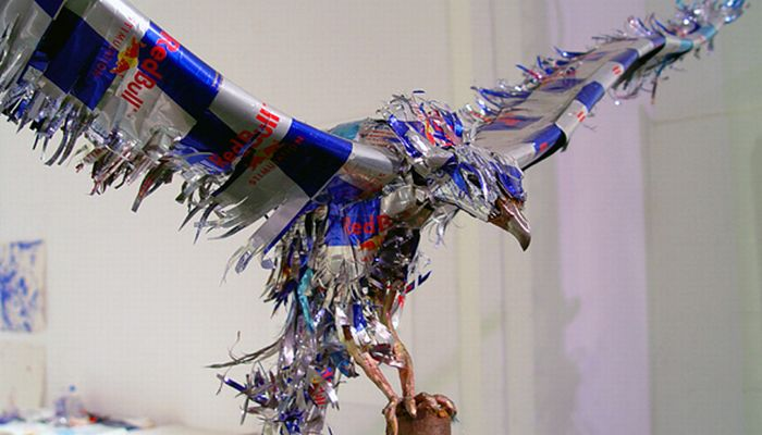 Amazing Red Bull Can Art (23 pics)