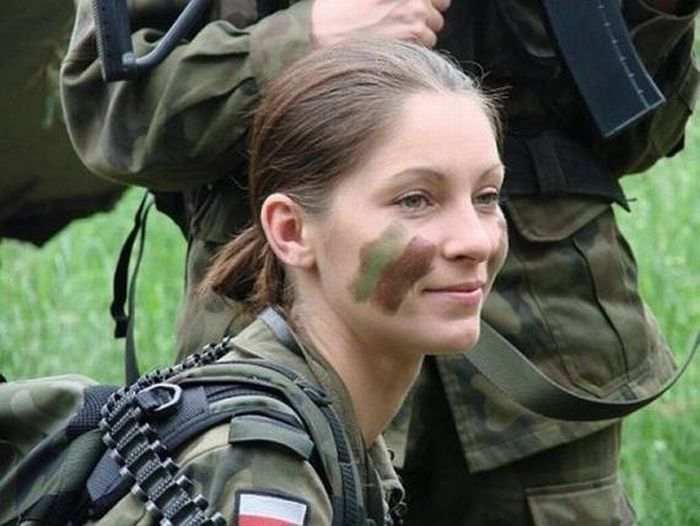 Military Women  48 pics Women In The Canadian Military