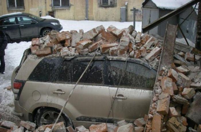 Cars Killed by Bricks (7 pics)