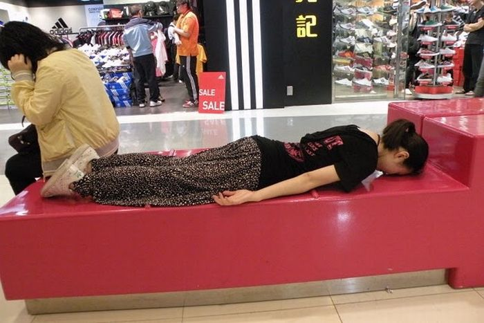 Lying Down (106 pics)