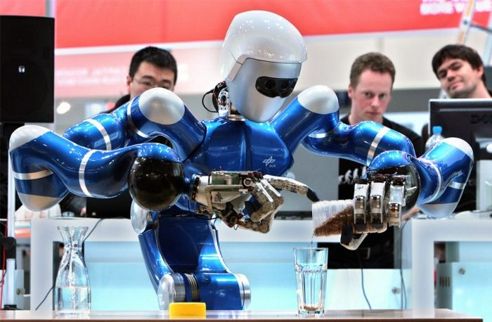 Robots (99 pics)