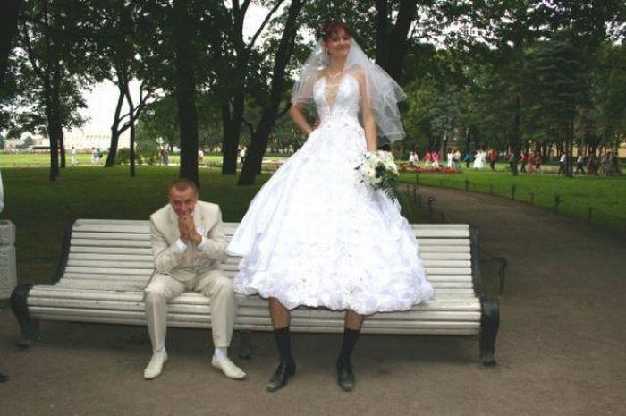 Stupid Photoshopped Wedding Photos (21 pics)
