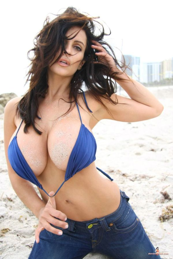 Bigbootylady Sexiest Lady On Earth Denise Milani
