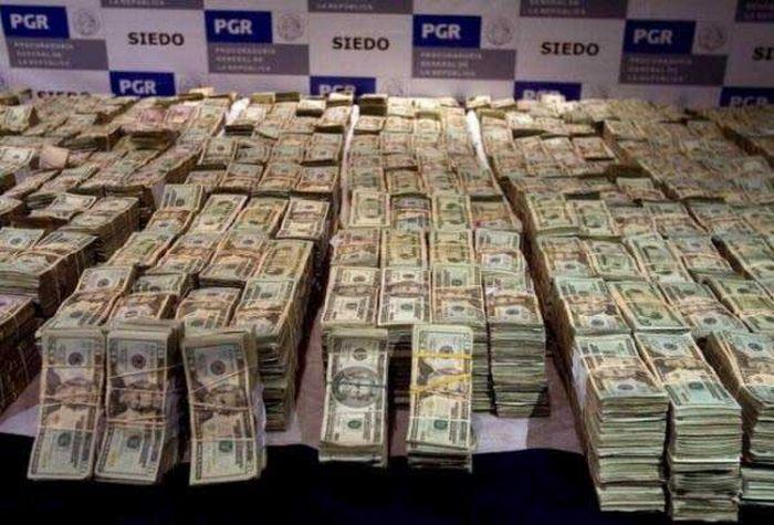 Millions of Dollars (26 pics)