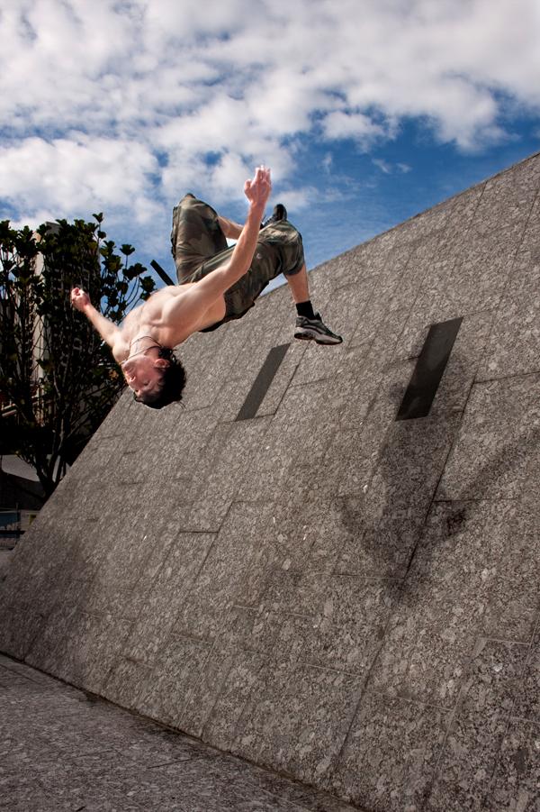 parkour wall flip - photo #2