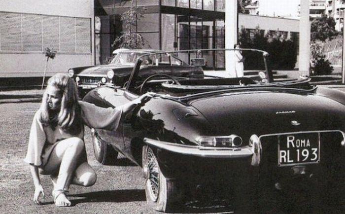 Vintage Ladies of Advertising (20 pics)