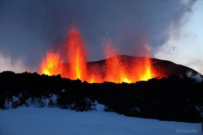Volcano Eruption in Iceland (30 pics)
