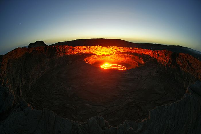 Breathtaking Volcano Photographs (36 pics)