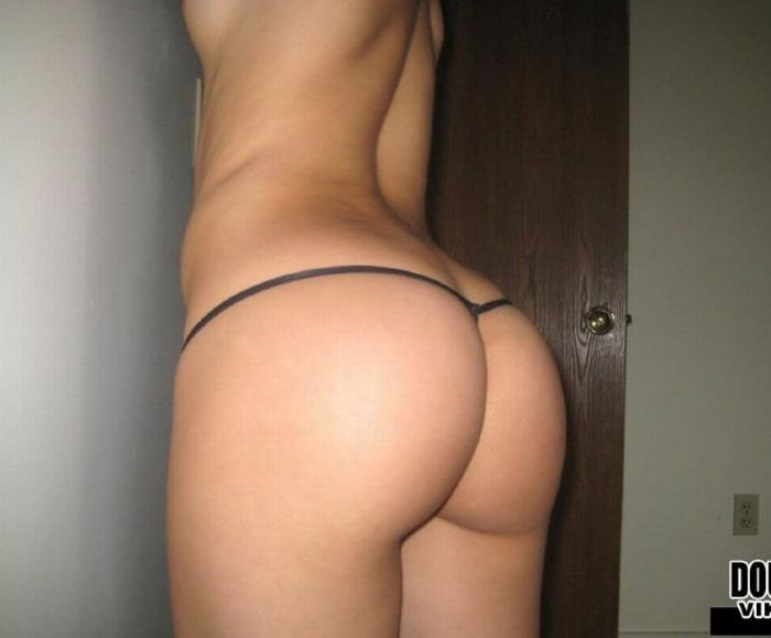Girls With Sexy Butts. Part 2 (40 pics)