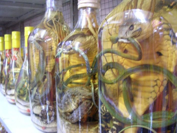 Vietnam Liquor (24 pics)