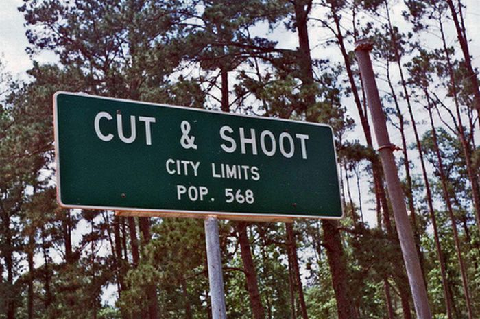 Funny and Strange City Names (20 pics)