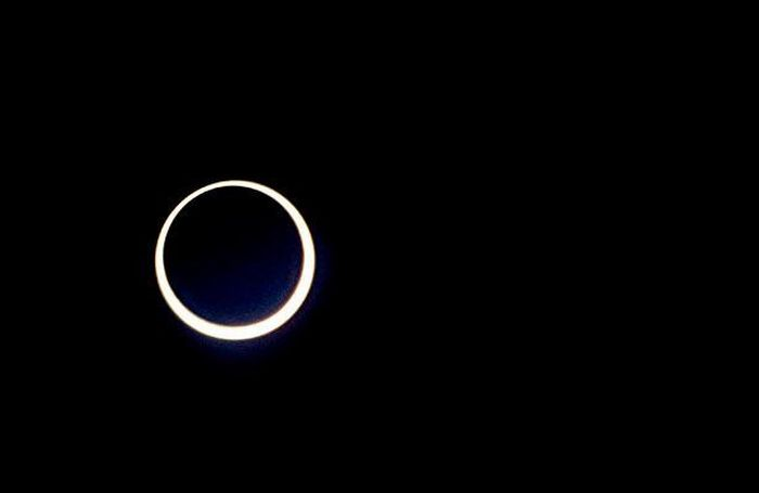 Annular Solar Eclipse Over Asia and Africa (14 pics)