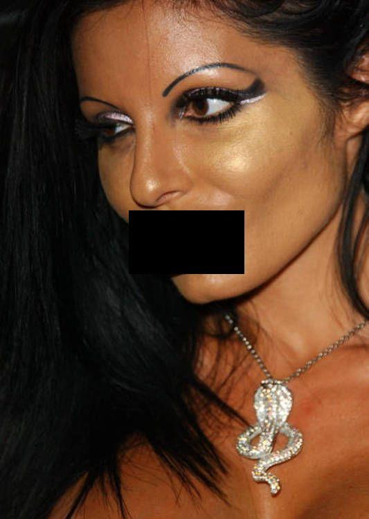 Priscilla Russo - Miss Silicone Lips (16 pics)