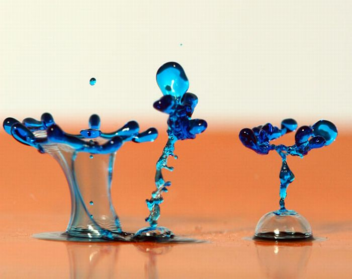 Colorful High-Speed Water Figures (13 pics)