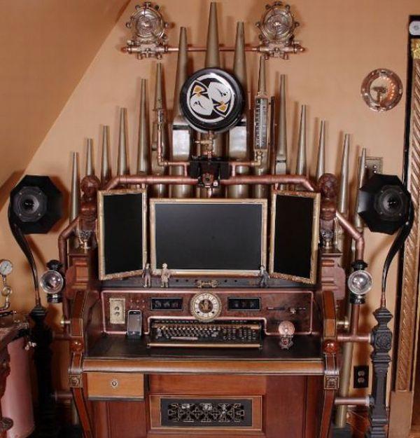 Steampunk Computer Made From an Organ (12 pics)