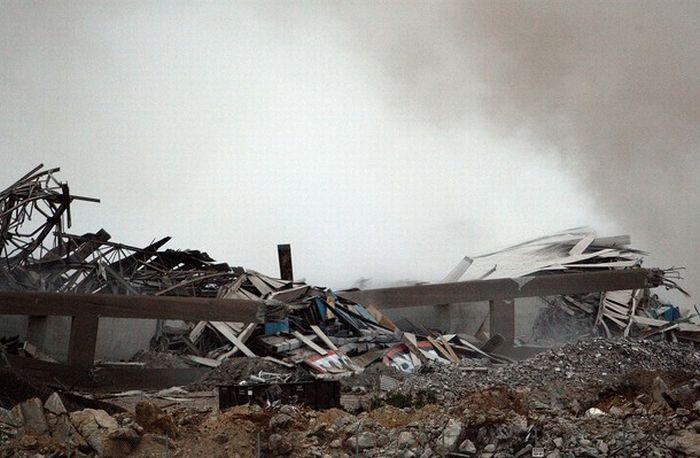 The Demolition of the Texas Stadium (10 pics + video)