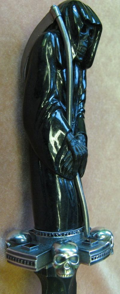 Sculpture of Death (7 pics)