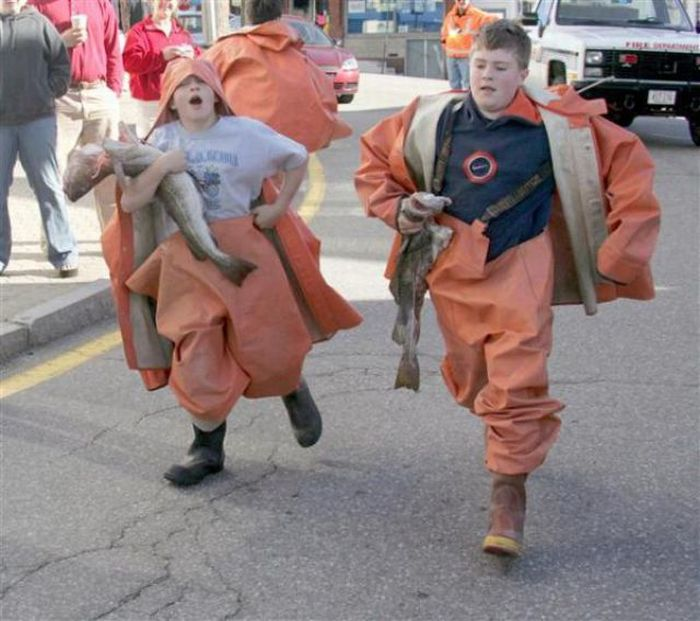 Unusual Races (17 pics)
