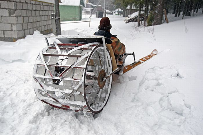 Homemade Snowmobiles (12 pics)
