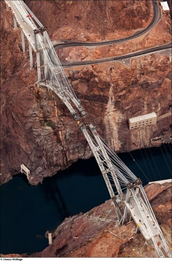 hoover dam project risk and reward Construction of hoover dam was a pivotal event in the history of bechtel and the united states hoover dam was an but the men of six companies boldly moved forward, drawing on their considerable, collective knowledge and experience, managing huge risks, and pioneering as they went bechtel founder warren.