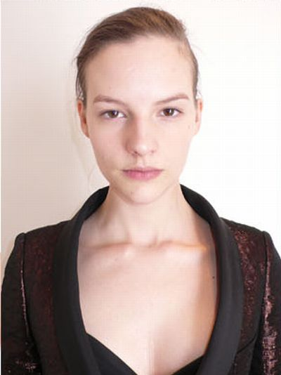 Model Faces (51 pics)