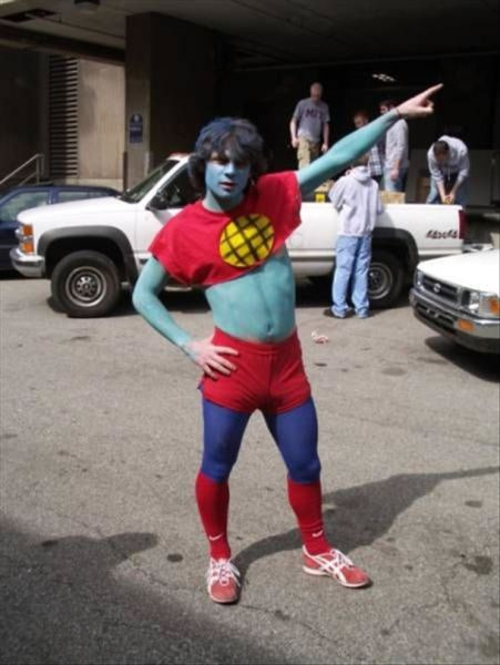 Hilarious Captain Planet Costumes (25 pics)