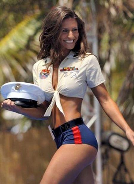 Hot Women In Uniform 40 Pics-2422