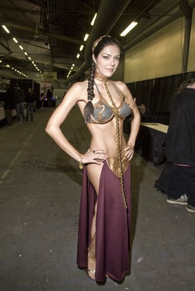 Adrianne Curry Playing Sci-Fi Dress Up (17 pics)