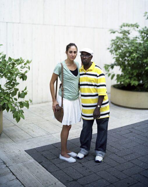 Touching Strangers (34 pics)