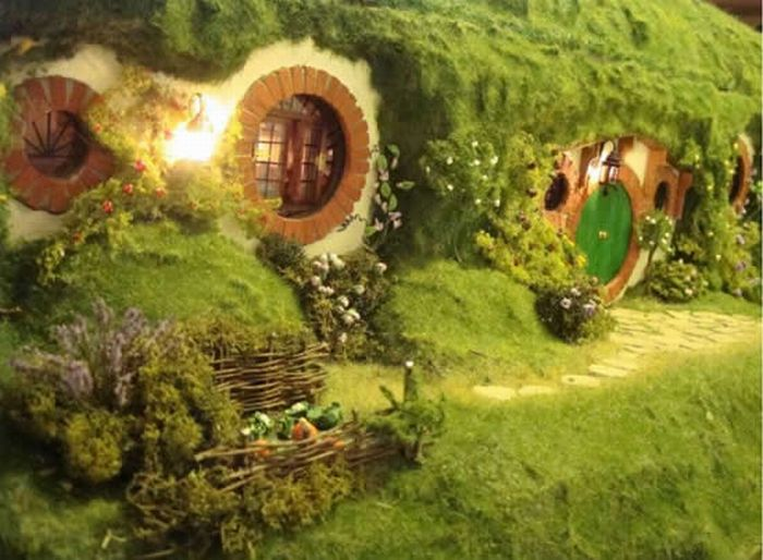 Hobbit House Replica