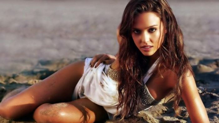 The Sexiest and Most Beautiful People 2010 (57 pics)