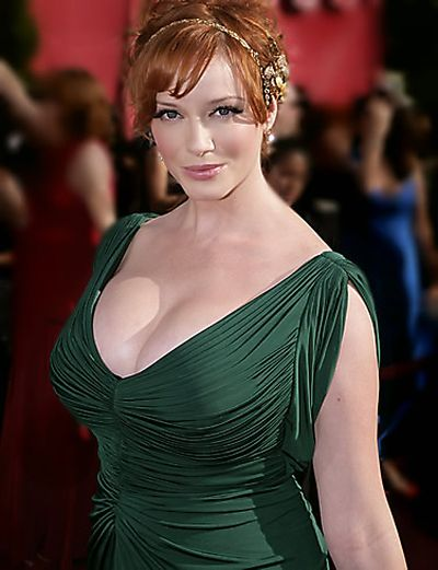 The Best of Christina Hendricks Cleavage Photos (49 pics)
