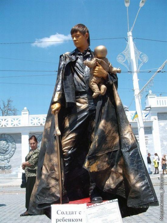 Statues vivantes Living_statues_contest_02