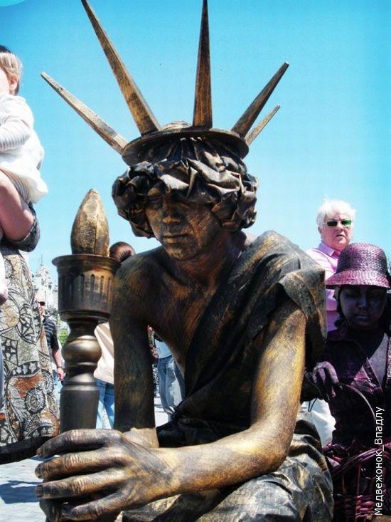 Statues vivantes Living_statues_contest_06