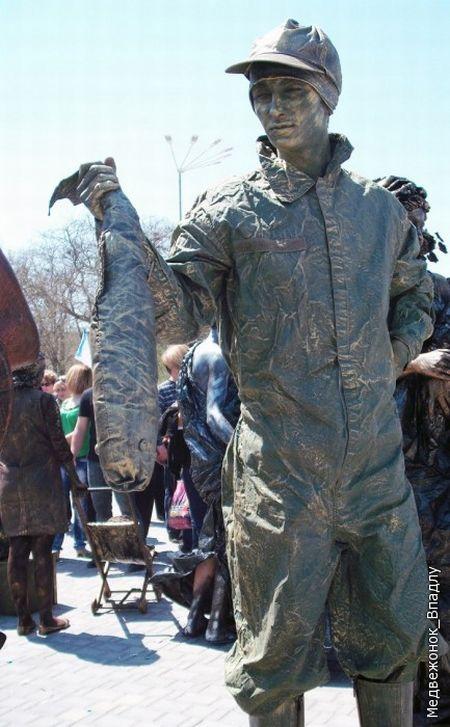 Statues vivantes Living_statues_contest_18