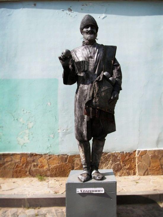 Living Statues Contest 2010 (57 pics)