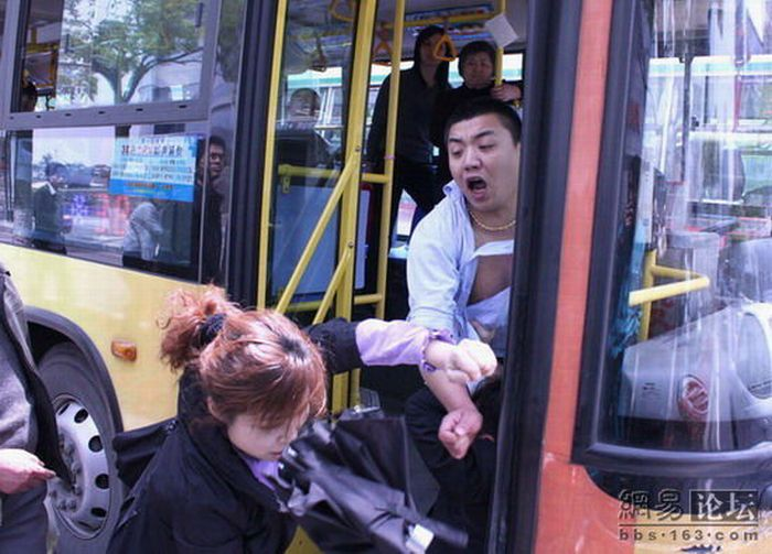 Road Rage in China (4 pics)