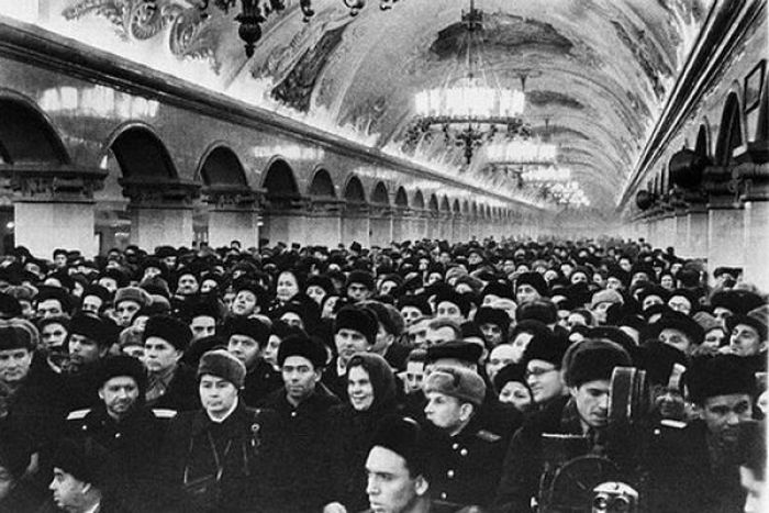 The Life of Soviet People (124 pics)