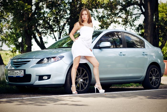 Russian Girls and Cars (50 pics)