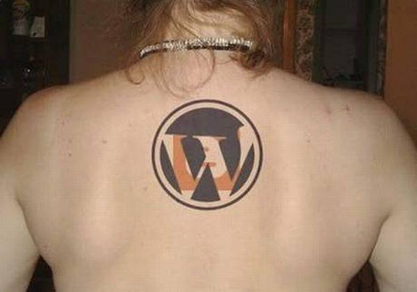 Web 2.0 Tattoos (9 pics)