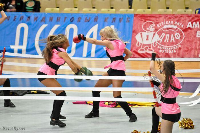 Russian Cheerleading Championship (38 pics)