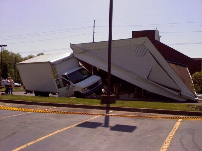 Truck Driver Destroys a Bank (9 pics)