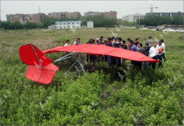 Chinese Man Builds a Plane (35 pics)