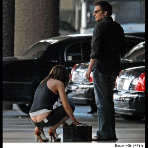 Famous Ass Cracks (22 pics)