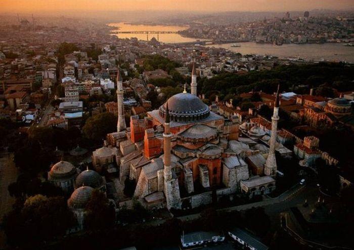 Air Photos of Europe (19 pics)