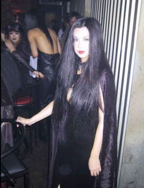 Gothic Girls of Japan (20 pics)