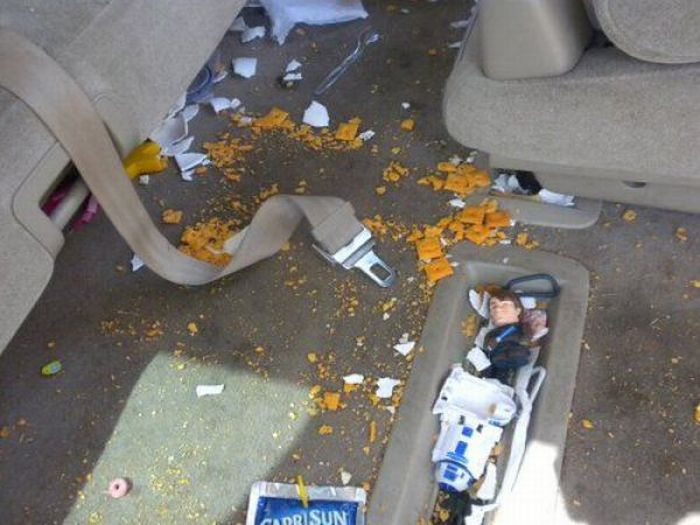 Destroyed by Kids (47 pics)