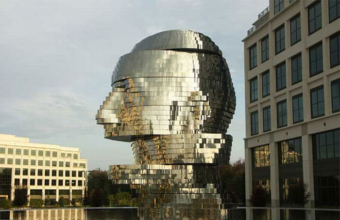 The Most Bizarre Sculptures by David Cerny (15 pics)