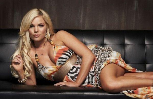 Sexy DJ - Colleen Shannon (22 Photos)